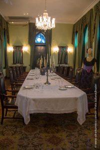 mesa-representativa-do-jantar-do-ultimo-baile